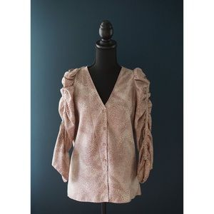 Devlin blouse with ruffled sleeves